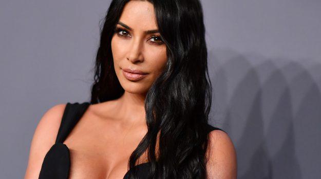 tv, Kim Kardashian, Sicilia, Società