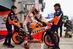 MotoGp, Marquez in pole a Le Mans davanti a Petrucci. Quinto Rossi