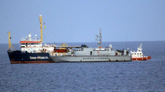 lampedusa, migranti, sea watch, Matteo Salvini, Sicilia, Cronaca