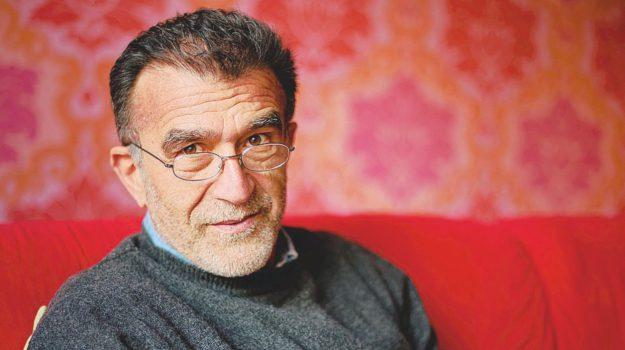 scrittore si toglie la vita, taormina, via roma, Sergio Claudio Perroni, Messina, Sicilia, Cultura