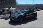 Contrabbando: sequestrati 20 kg di sigarette nel porto di Palermo. Fermate due persone