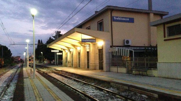 binari, ospedale Guido Chidichimo, Stazione ferroviaria di Trebisacce, trebisacce, Cosenza, Calabria, Cronaca