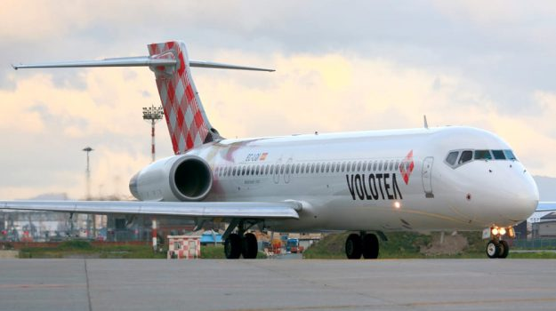 assistenti di volo, compagnia aerea, Sicilia, Economia