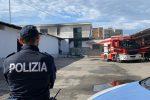 Pellaro, in fiamme un deposito di atti giudiziari: si segue la pista dolosa - Video