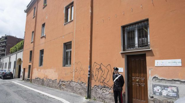 asilo nido, bimbo, roma, Sicilia, Cronaca