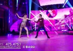 Ballerina per una notte: Francesca Piccinini nella sua travolgente samba La regina del volley italiano ospite su Rai Uno - Corriere Tv