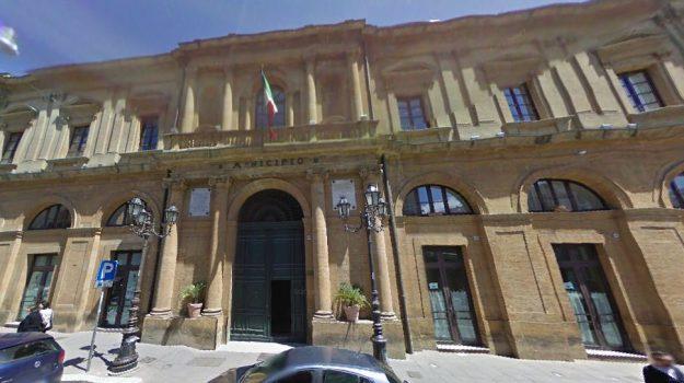 assenteismo caltanissetta, Sicilia, Cronaca