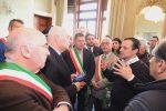 Ultimo appello per le ex Province, la marcia di De Luca: 50 sindaci e la Cisl in corteo a Messina - Foto