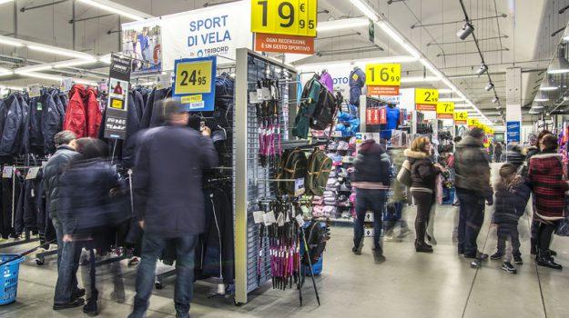 centro commerciale Parco Corolla, decathlon milazzo, furto abbigliamento, Antonina Misiti, Messina, Sicilia, Cronaca