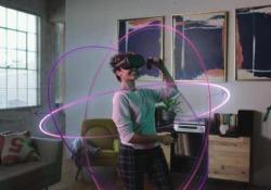 Facebook presenta la realtà virtuale degli Oculus Quest L'azienda di Zuckerberg alla conferenza F8 dà il via uficiale ai nuovi visori Vr che non necessitano il collegamento a un pc - Corriere Tv