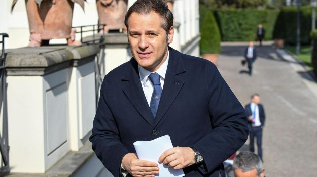 caso siri, armando siri, Luigi Di Maio, Sicilia, Politica