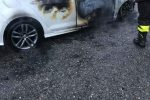 Notte di fuoco a Borgia, tre auto in fiamme