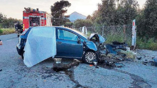 incidente villapiana, Provinciale 160, Giuseppe Genovese, Rosa Aieta, Cosenza, Calabria, Cronaca