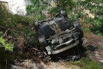 Messina, auto vola giù dall'autostrada a Giampilieri: due feriti gravi - Foto