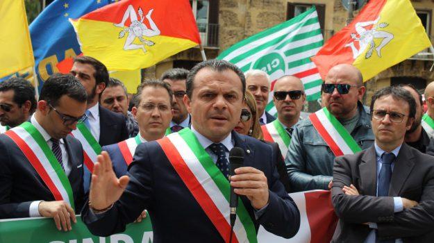diktat del sindaco, reazioni dei consiglieri, sindaco di messina, Antonella Russo, Cateno De Luca, Messina, Sicilia, Politica