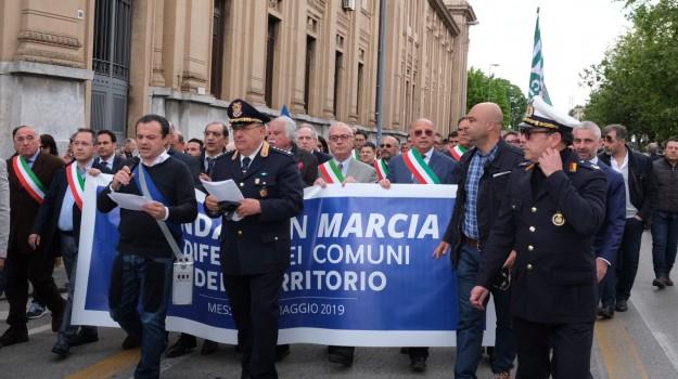 ex province, primo maggio, Cateno De Luca, Messina, Sicilia, Politica