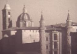 Paolo Volponi, il film su Urbino - Sceneggiatura L'estratto di un film girato dall'autore (1958-1960), progetto di un documentario dedicato alla sua città - Corriere Tv