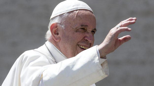 legge, omosessuali, unioni civili, Papa Francesco, Sicilia, Cronaca