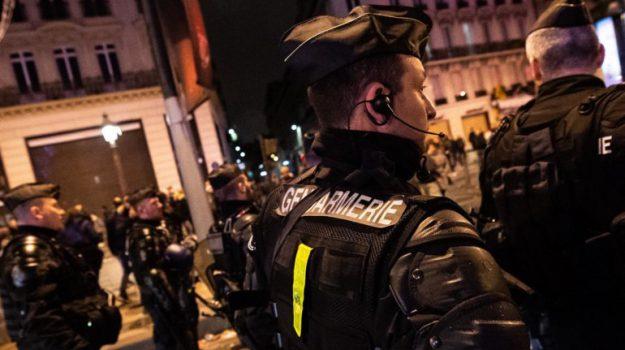automobilista ucciso, parigi, Sicilia, Mondo