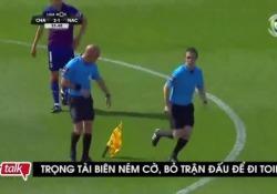 """Portogallo, l'arbitro """"espelle"""" il guardalinee Per il guardalinee Jorge Cruz è stato impossibile resistere - Dalla Rete"""