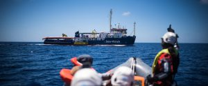 """Sea Watch a Lampedusa, Salvini: """"No allo sbarco"""". L'Onu: decreto sicurezza bis viola i diritti umani"""
