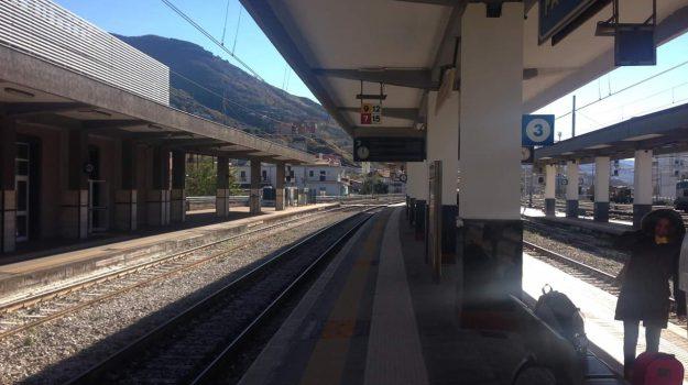 ferrovie, Galleria Santomarco, treni paola-cosenza, Cosenza, Calabria, Cronaca