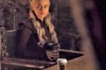 """Trono di Spade, spunta... una tazza di Starbucks: """"È un errore"""""""