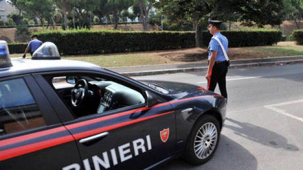 23enne gambiano, arresto a Lamezia, prostitute rumene, rapine nel reggino, Jaiteh Dembo, Catanzaro, Calabria, Cronaca