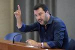 Migranti, scontro tra Salvini e le Ong: il ministro annuncia la chiusura dei porti italiani a Nave Alex