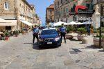 Carabiniere sventa un furto in una gioielleria a Tropea, arrestato un uomo