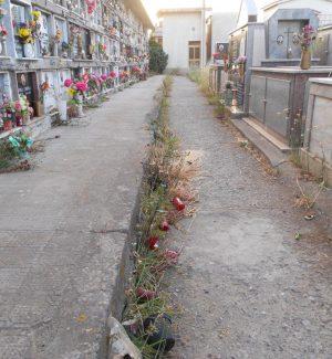 Un comitato d'affari lucrava sui loculi del cimitero di Locri