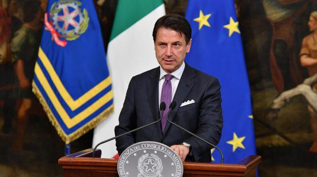 conferenza conte, governo, manovra, Giuseppe Conte, Luigi Di Maio, Matteo Salvini, Sicilia, Politica