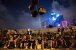 Proteste a Hong Kong, quasi 2 milioni di persone in corteo contro la Cina