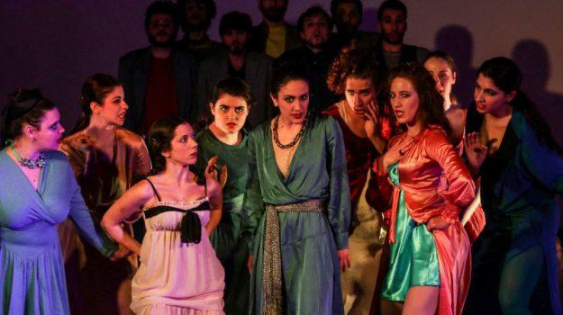 aristofane, Fondazione Inda, Lisistrata, Teatro greco di Siracusa, Tullio Solenghi, Sicilia, Cultura