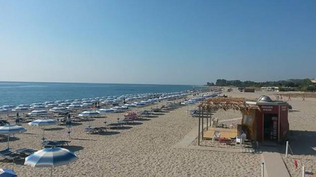 badolato, notti brave spiaggia, Catanzaro, Calabria, Cronaca