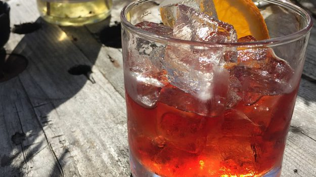 cocktail, Negroni, new york times, Sicilia, Società