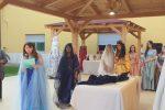 L'eleganza femminile tra mito e storia: a Lamezia studentesse mettono in scena il mito di Persefone