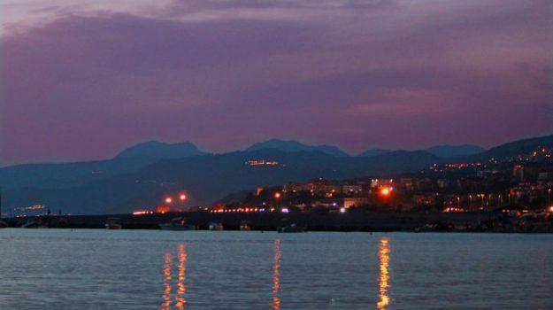 porto turistico paola, Cosenza, Calabria, Economia