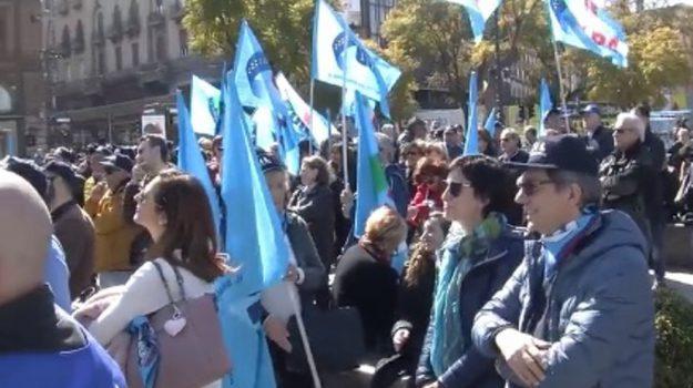 cedir, lavoratori settore giustizia, protesta Reggio, sit-in di protesta, uffici al collasso, uilpa, Reggio, Calabria, Cronaca