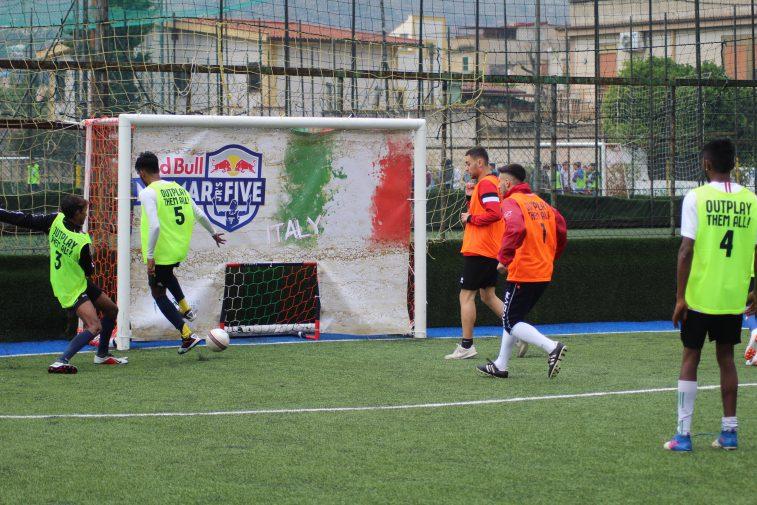 Torneo Red Bull Neymar A Milano La Finale In Campo Due Squadre