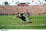 Roberto Baggio sbaglia il rigore nella finale dei Mondiali 1994