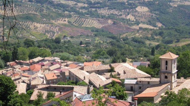 omicidio rota greca, uccide la moglie, Cosenza, Calabria, Cronaca