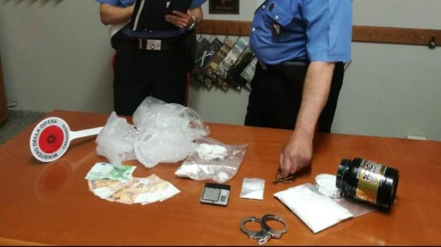 arresti, scalea, Spaccio cocaina, Cosenza, Calabria, Cronaca