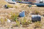 Messina, spiagge tutt'altro che splendenti: le foto del degrado