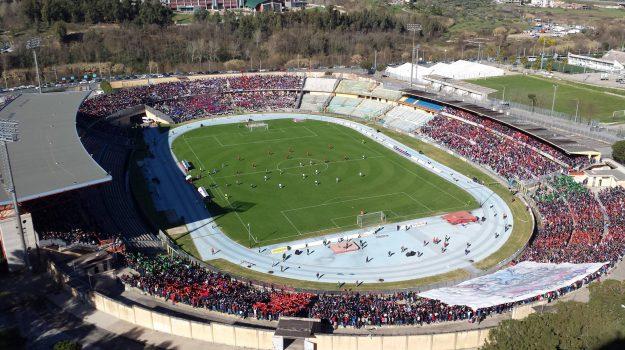 coronavirus, pubblico, stadio, tifosi, Cosenza, Calabria, Sport