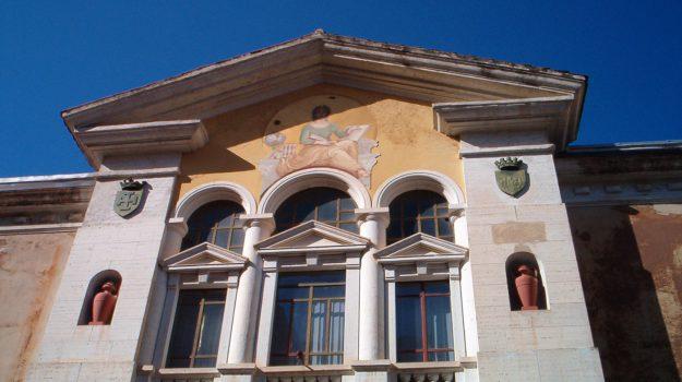 biblioteca cosenza, Cosenza, Calabria, Cronaca