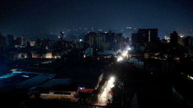 blackout argentina, uruguay, Sicilia, Mondo