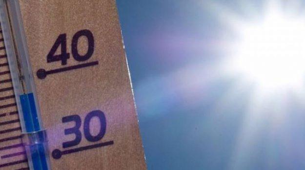 allerta caldo, Anticiclone Nord-Africano, meteo, Ministero della Salute, ondate di calore, rischio incendi, temperature oltre i 40 gradi, Sicilia, Meteo
