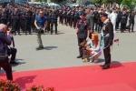 Cane antidroga dei Carabinieri scopre un «tesoro» da 1,3 milioni: premiato da Michela Vittoria Brambilla
