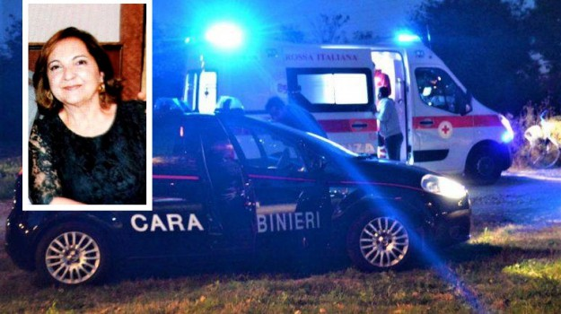 donna di 60 anni, incidente mortale, sant'agata di militello, travolta da un'auto, Messina, Sicilia, Cronaca
